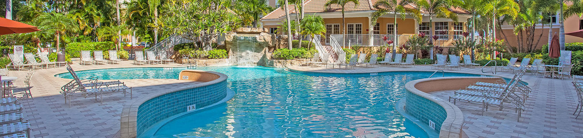 regatta-at-vanderbilt-beach_resort-style-pool